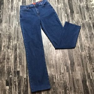 Tummy Tuck Jeans Not your daughter's jeans